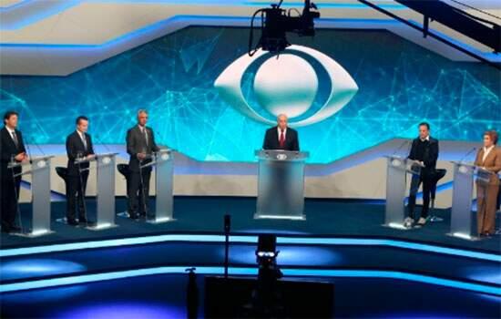 Em primeiro debate na TV, candidatos a prefeito de SP atacam Haddad