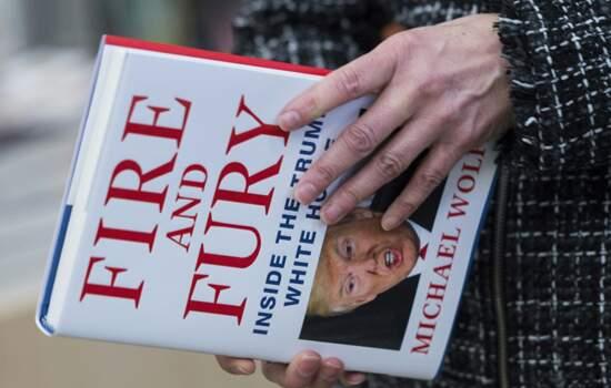 Estratega de Trump deixa