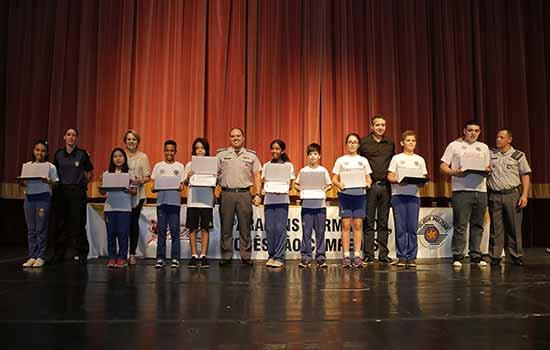 Proerd formou cerca de 800 alunos em São Caetano