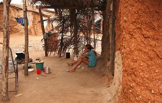 Brasil tem 24,8 milhões de pessoas vivendo na miséria, diz IBGE